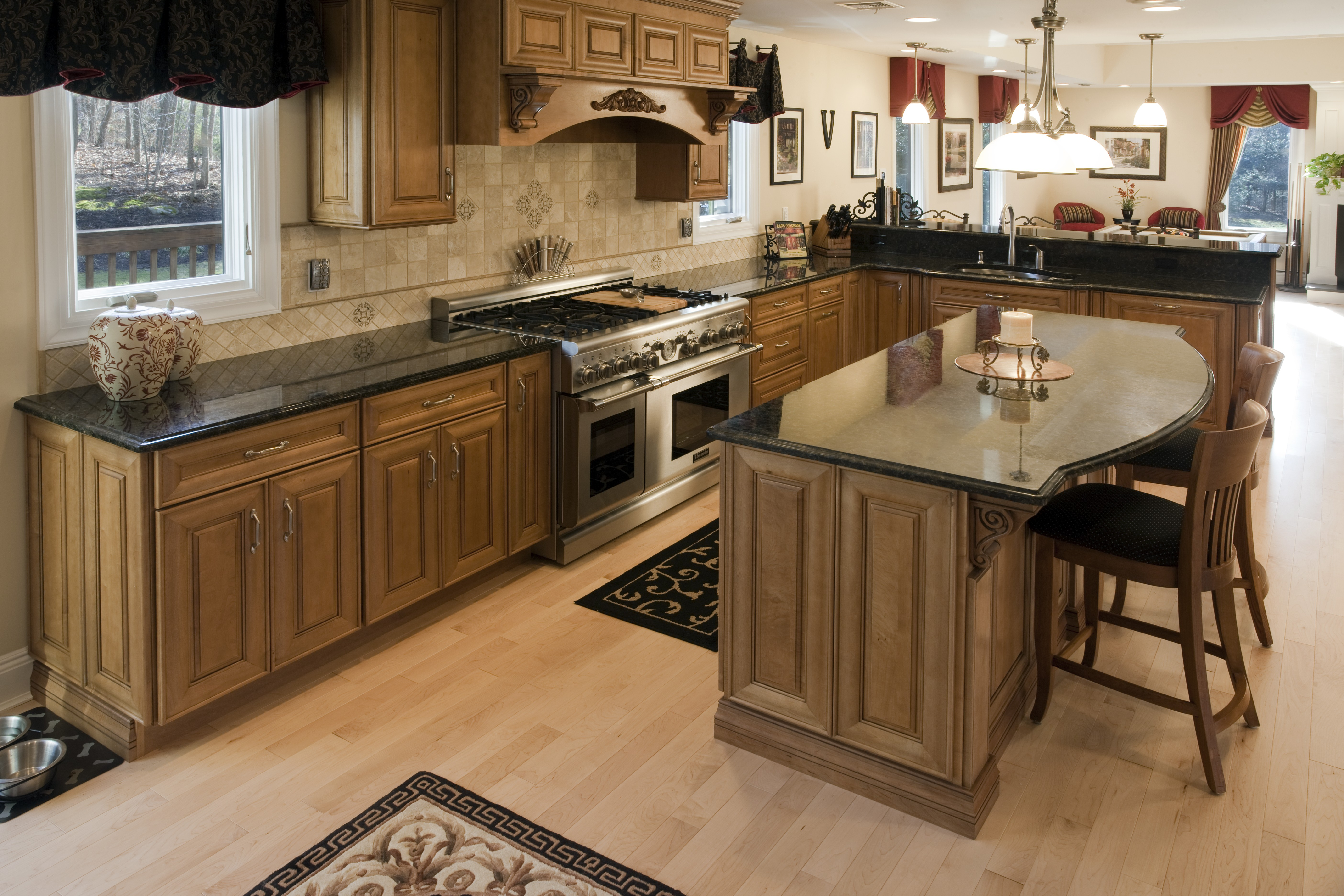 ... Stainless Steel Appliances Blend Perfectly Rather Than Standing Out And  Moving Attention From The Focal Pointu2026. The Butterfly Green Granite  Countertops.