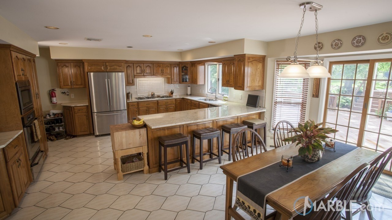 ... Stone That Is Quite Common In Kitchens And Typically Polished With A  High Shine Finish. Astoria Granite Looks Amazing With White Or Cream  Cabinets.