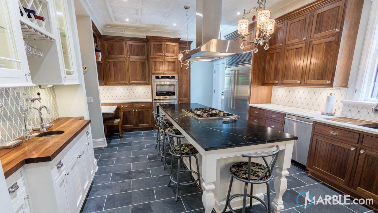 Kitchen Design Ideas Using Contrasting Colors
