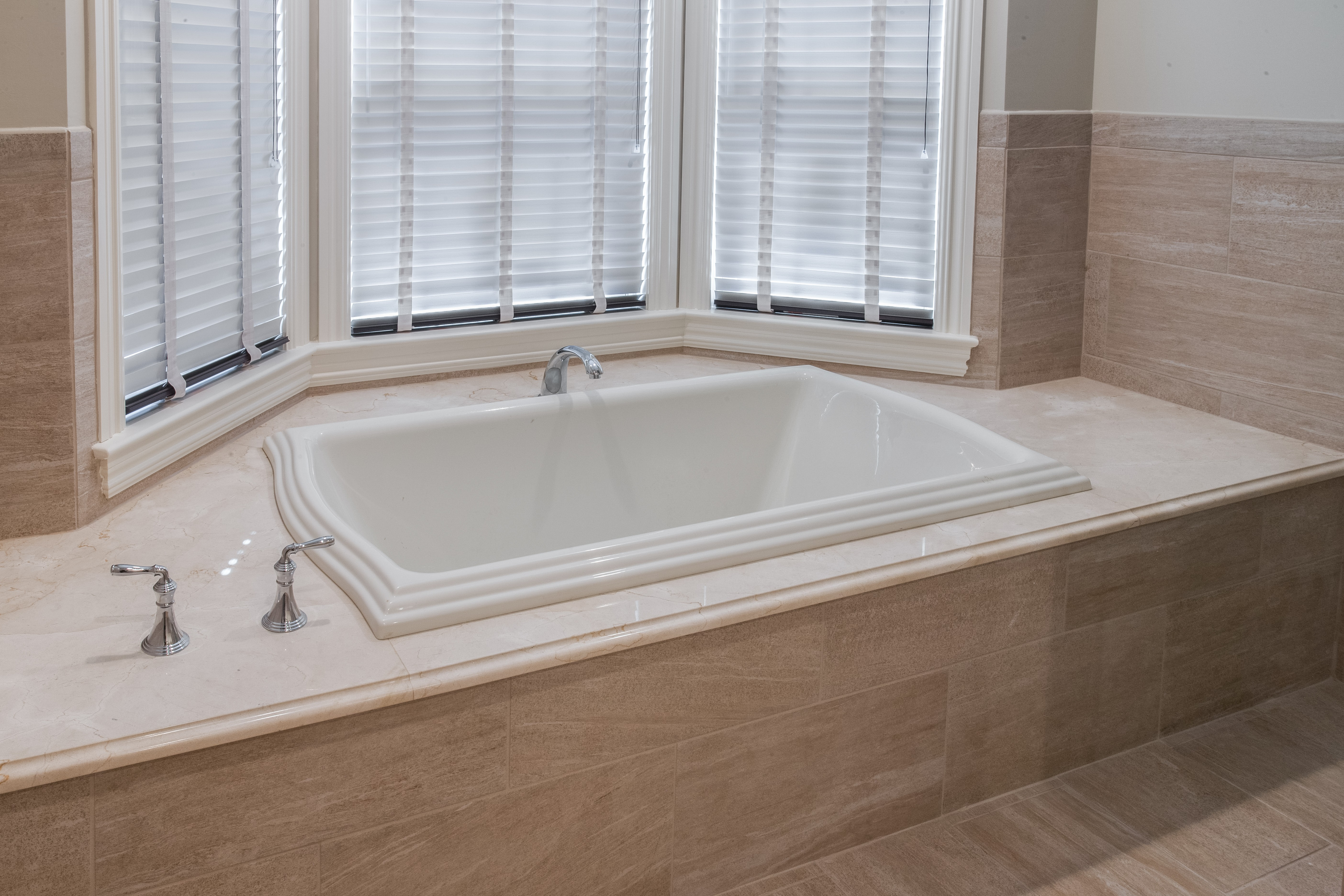 If You Are Looking For A Bright Bathroom Surround Crema Marfil Marble Is Great Choice It Beautiful Neutral Stone That Looks Terrific Paired With