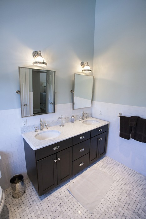 As Can Be Seen If You Have A Smaller Bathroom Still Add Style By Replacing Your Old Vanity With New Stylish