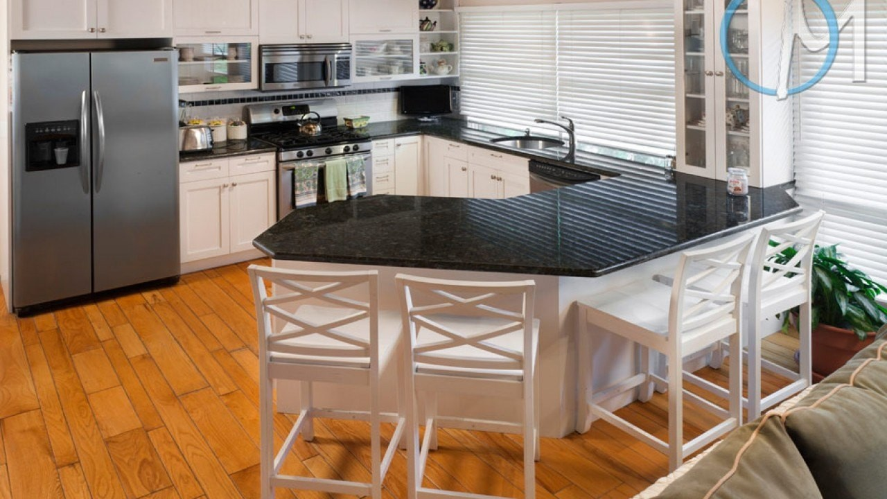 Butterfly Green Granite Kitchen Countertops