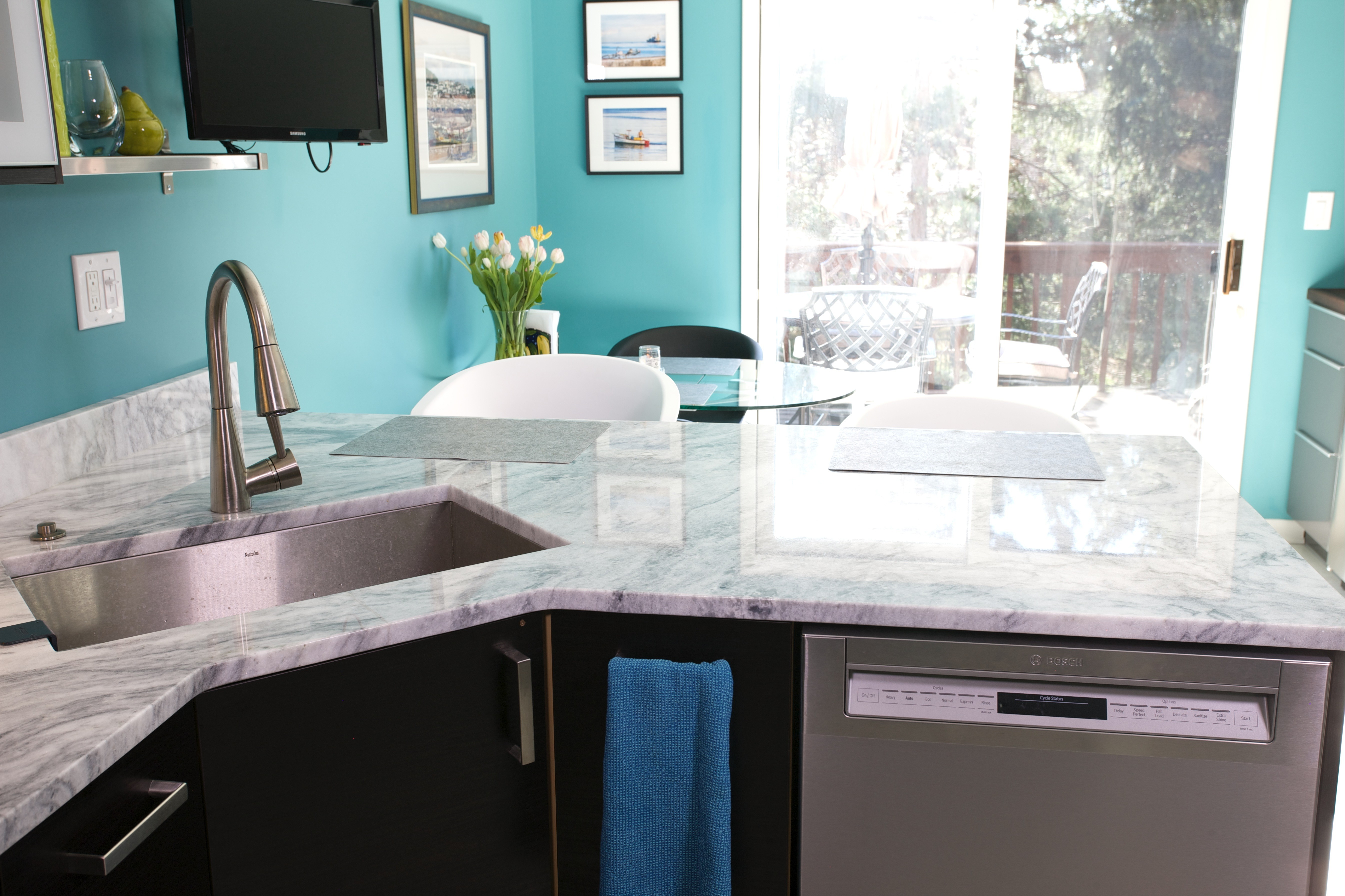 White Quartzite Countertops; Kitchen Design Inspiration