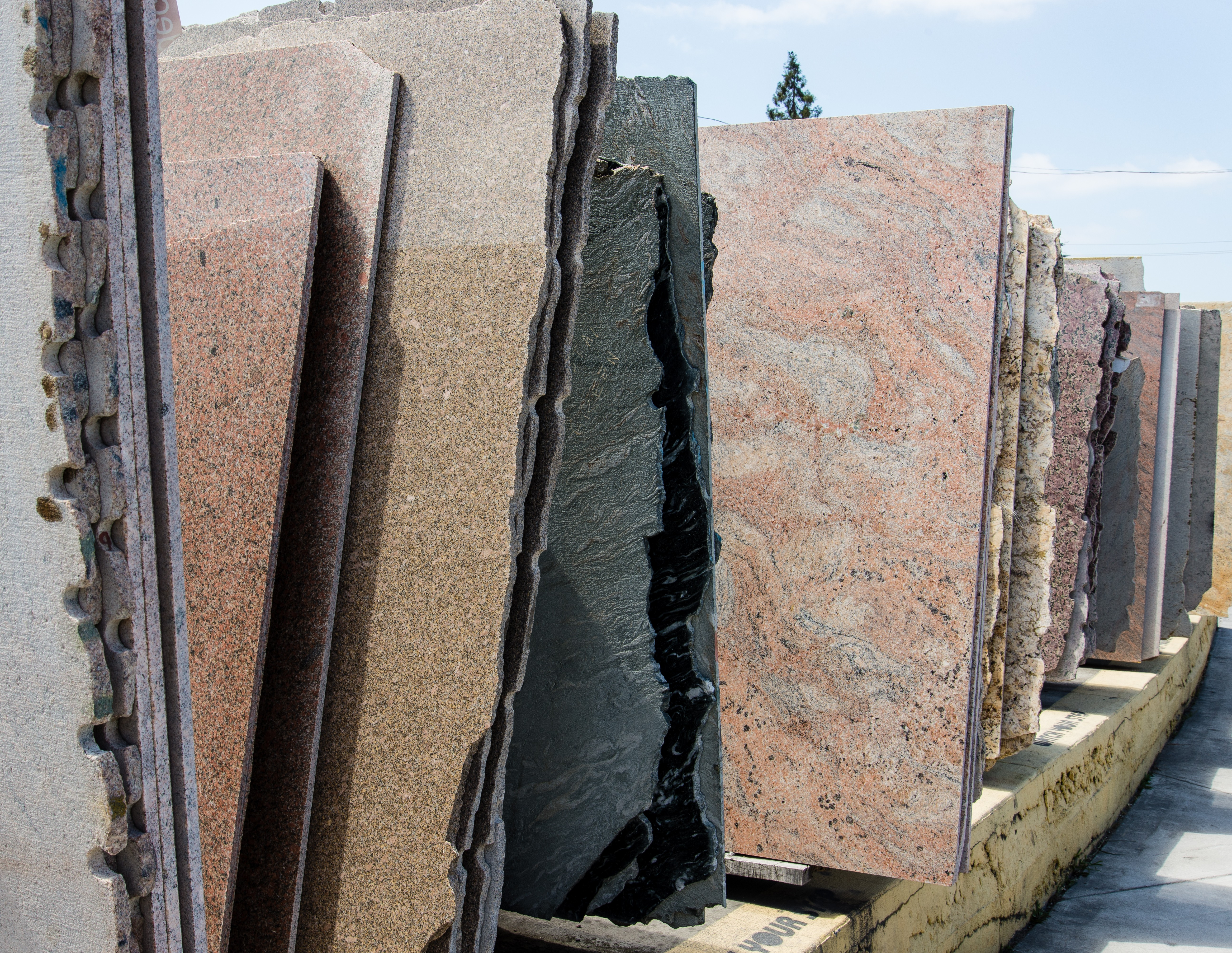 Advice for Visiting a Granite Slab Yard image