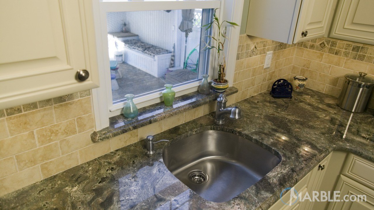 Imperial Green Granite Kitchen | Marble.com