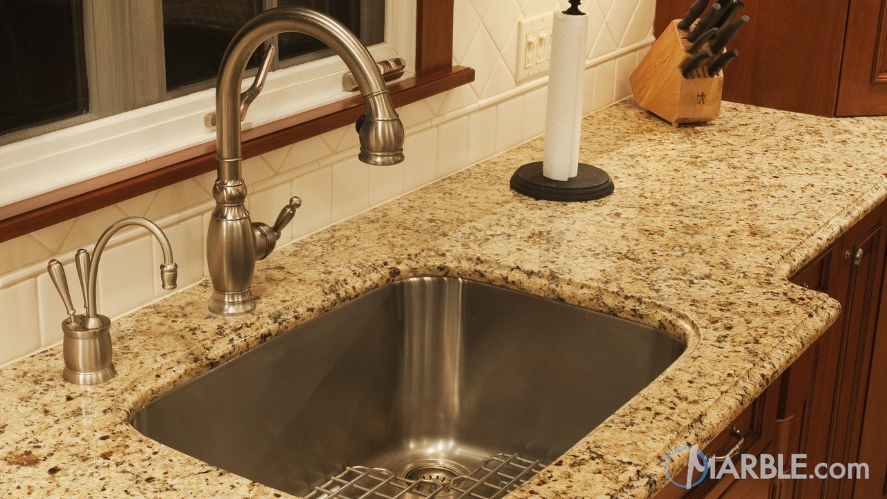 Oro Brazil Granite Kitchen Counters