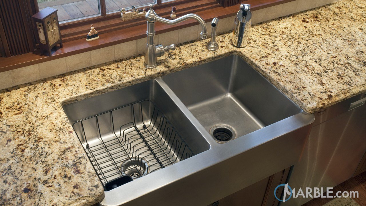 Santa Cecilia Granite Kitchen Counters