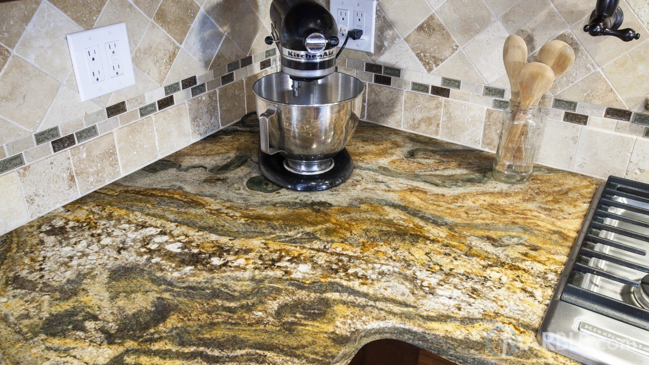 Ouro Fantastico Granite Kitchen Countertop | Marble.com